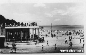Old image of Burgas' beach